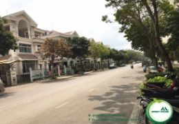 NAM VIEN VILLA IN PHU MY HUNG FOR RENT